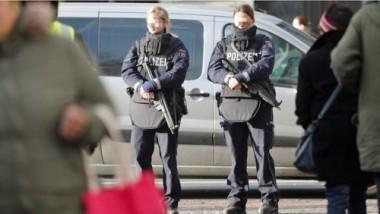 polizistinnen-ohne-magazin