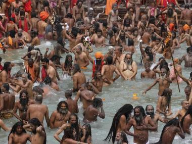 hindus-ganges2021